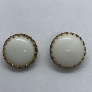 VTG Elegant Button Clip-on Earrings